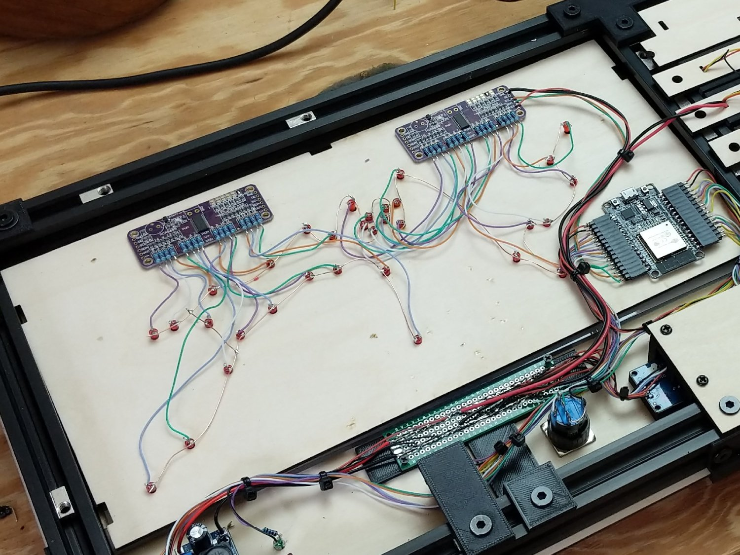 covid-19-dashboard-world-map-leds-wiring